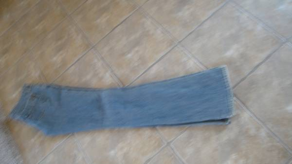 Photo Women39s GAP Low Rise Jeans - $20 (Albuquerque)
