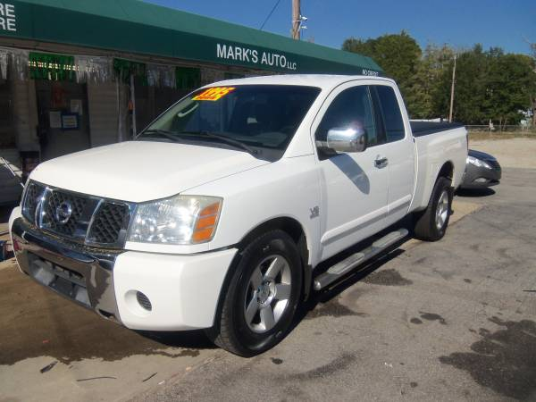 Photo 2004 Nissan Titan SE, Only $1995 Down, Only $300 per month - $9,995 (1106 Honeycutt rd)