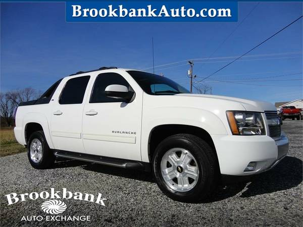 Photo 2010 CHEVROLET AVALANCHE LT, White APPLY ONLINE-gt BROOKBANKAUTO.COM - $11997 (RAM CHEVY FORD DODGE JEEP)