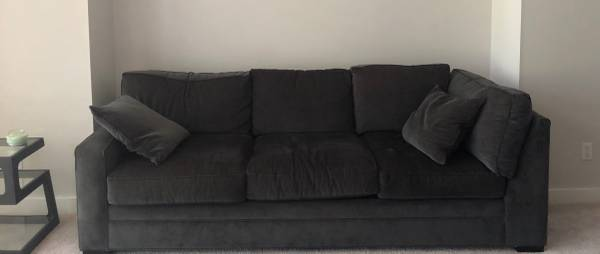 Photo Comfy 2 piece sofa set with ottoman - $250 (Whispering Pines NC)