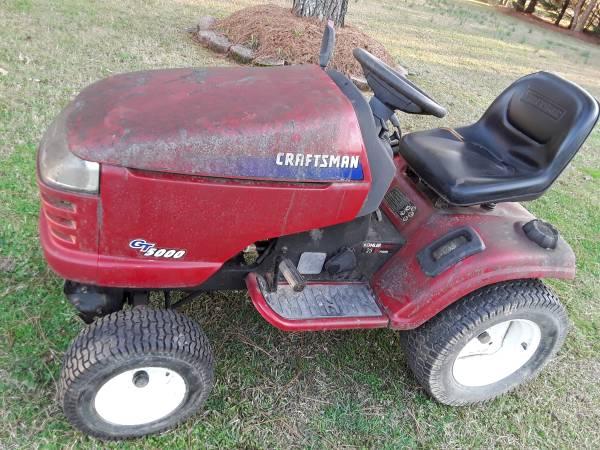 Photo Craftsman GT5000 riding mower, parts or repair - $200 (DUNN)