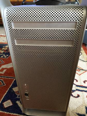 Photo Early Mac Pro with 8gb ram - $150 (Fayetteville)