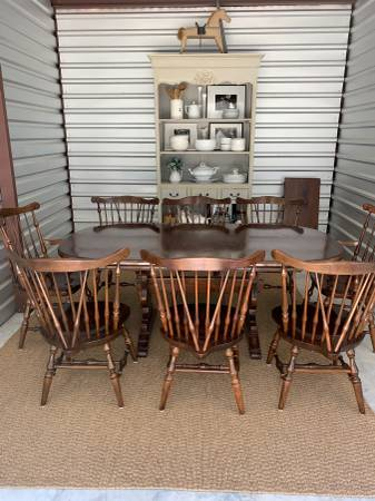 Photo Ethan Allen Table and 8 Chairs - $595 (Turkey NC)