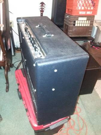 Photo Fender HOTROD DEVILLE 212 - $400 (Raeford)