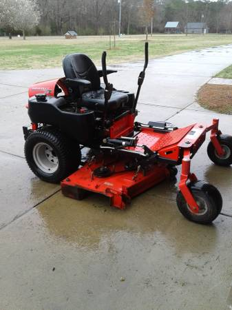 Photo Gravely mower - $4000 (Dunn)