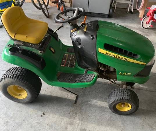 Photo John Deere 42 Riding Lawn Mower - LA115 Model - $500 (Aberdeen)