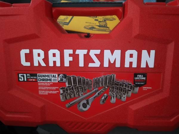 Photo New Craftsman 51 piece Mechanic Tool Set - $50 (Clinton)