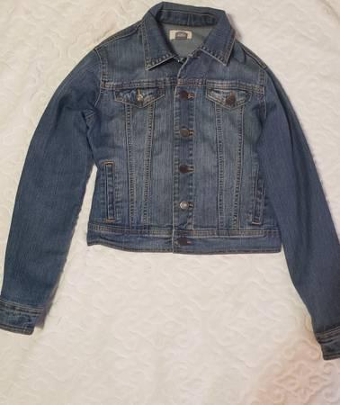 Photo OLD NAVY Jean jacket - $5 (Raeford)