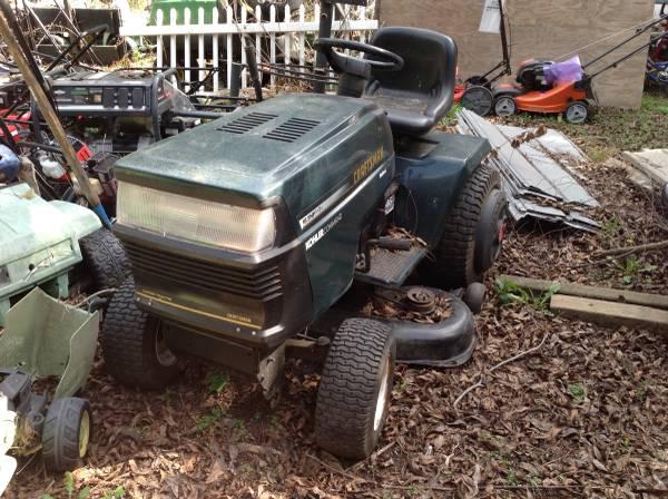Photo Sears Craftsman riding lawn mower - $700 (Hope Mills)