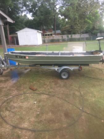 Photo Sears Gamefisher Jon Boat - $600 (Fayetteville)