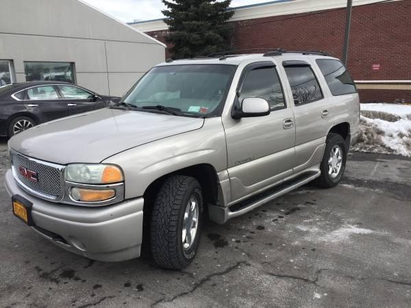 Photo 2004 GMC Yukon Denali - Very Clean - $4950 (Seneca Falls NY)