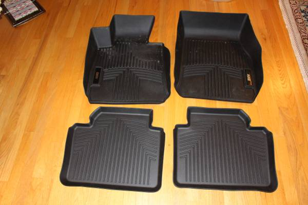 Photo BMW all weather floor liners F30 - $60 (Auburn)