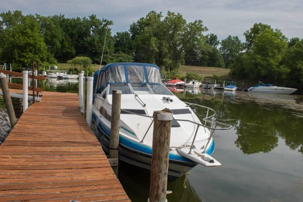 Photo Boat Sale Bayliner 2450 Sunbridge - $4,500 (Union Springs)