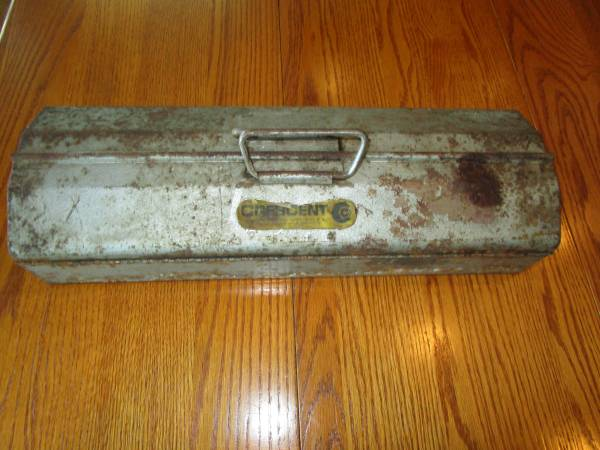 Photo Crescent Tool Box, Crescent Tool Co, Jamestown, NY - $10 (Canandaigua)