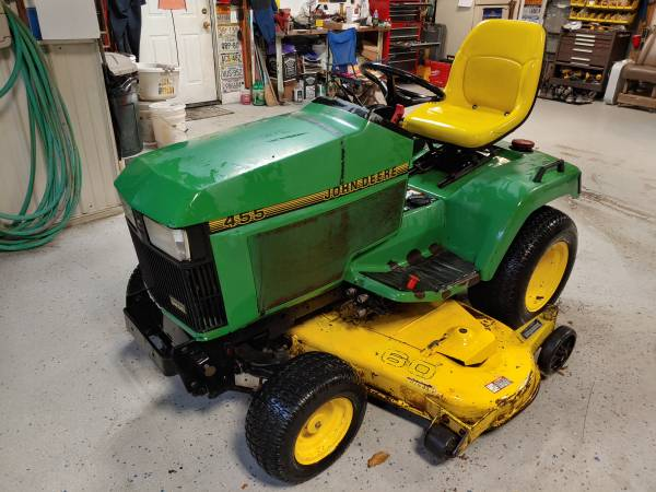 Photo John Deere 455 diesel tractor w 60quot deck - $2800 (Branchport)