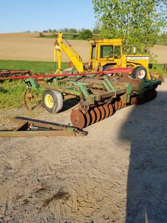 Photo John Deere 712 chisel plow (cato)