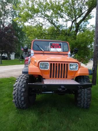 Photo 1990 Jeep Wrangler (350 Chevy V8) - $24,000 (Clio)