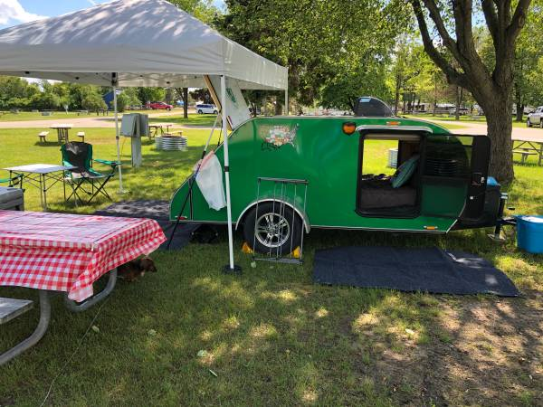 Photo 2014 Custom Built TEARDROP Cer Trailer - $8000 (Lapeer)