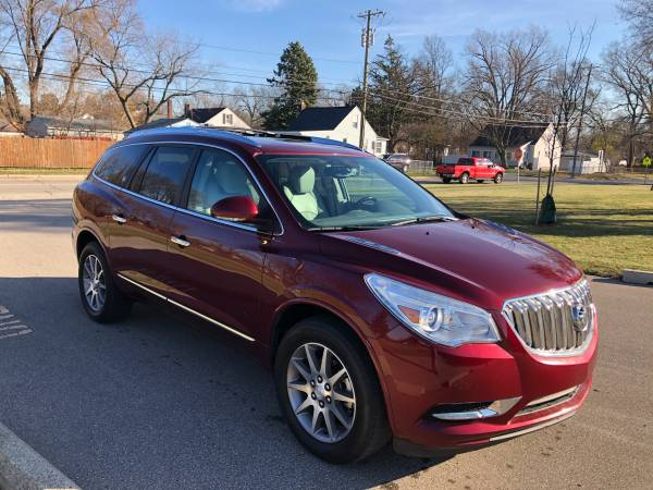 Photo 2015 BUICK ENCLAVE LEATHER 3RD ROW LEATHER BACKUP CAM DOUBLE MOONROOF - $13,900 (Madison Heights)