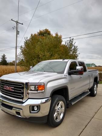 Photo 2016 GMC Sierra 2500 HD Diesel-16,700 miles - $54,700 (clio)