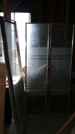 Photo 3 piece Glass  Stainless Steel Corner Shower Enclosure kit (Bath) - $200 (FLINT)