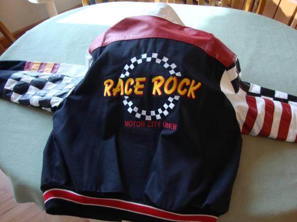 Photo Car-Club Enthusiasts Varsity Baseball-style Jacket - $50 (Lapeer)