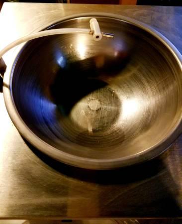 Photo Hillards Chocolate Tempering System - $850 (Flint)