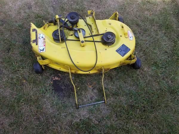 Photo John deere 38 inch Mower Deck. - $60 (Oxford)