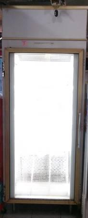 Photo Merchandiser Freezer Glass Front Older Works - $750 (Owosso)
