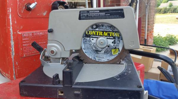 Photo SEARS CRAFTSMAN 8 14quot COMPOUND MITRE SAW - $50 (Byron)