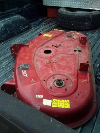 Photo Toro Mower Deck - $275 (genesee county)