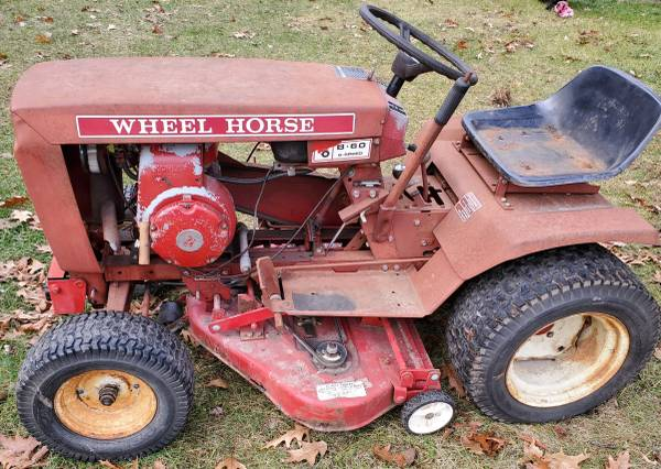 Photo Wheel Horse B-60 - $325 (Otisville)