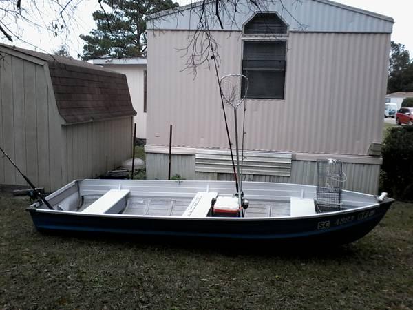 Photo 14 ft aluminum boat - $550 (Murrells Inlet)