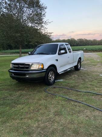 Photo 1998 Ford F-150 ext cab 2wd - $5,000 (Cades)
