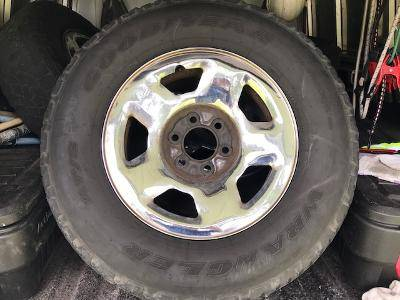 Photo Ford Truck Rims - $125 (Florence)