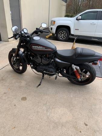 Photo Harley Davidson 2011 xr1200x sportster - $8,999 (Mooresville)