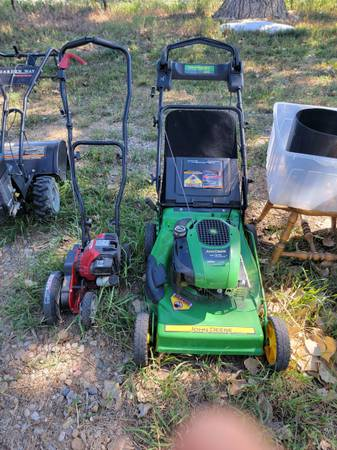 Photo $100 LAWN MOWERS JOHN DEERE SELF PROPELLED WITH GRASS BAG  EDGER - $100 (Fort Collins)