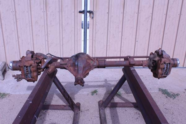 Photo 1976 Ford F250 (Highboy) Dana 44 Front Axle - $450