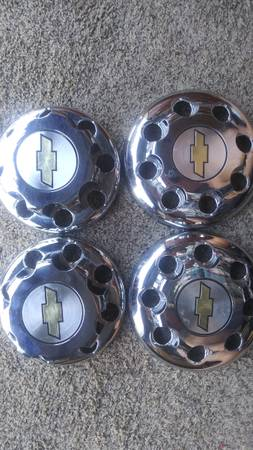 Photo 1992 Chevy 1 ton hubcaps - $75 (Greeley)