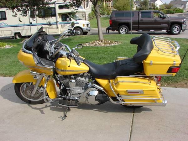 Photo 2005 Harley-Davidson FLTR-I T Road Glide - $7,500 (Cheyenne)
