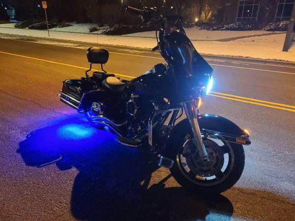Photo 2009 Harley Davidson FLHTP police Electra Glide - $8,999 (Loveland)