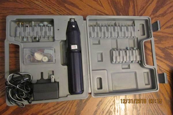 Photo 61pc 3.6V Cordless Dremel Style Die Grinder Kit - $15 (Loveland)