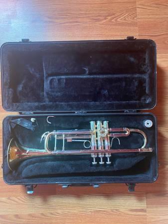Photo Bach trumpet for sale - $300 (Evans)