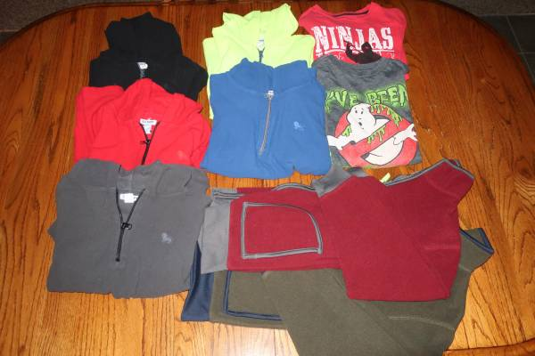 Photo Boys Old Navy Size Large 10-12 Fleece and Long-Sleeve Shirts Lot - $20 (Windsor)