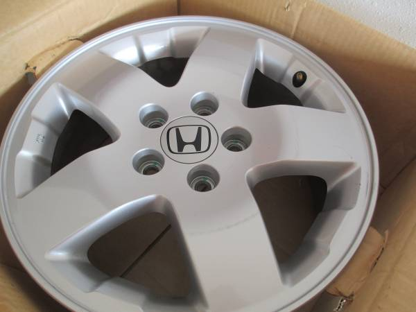 Photo Four honda wheels, 16 inch, from 2003 Element - $325 (Fort Collins)
