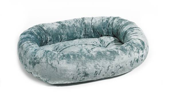 Photo HIGH QUALITY XS Super Soft Bowsers Donut Dog Bed Ocean Blue 22x16x6 - $40 (Fort Collins)