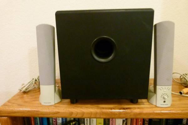 Photo Harman Kardon Speakers  Subwoofer - $20 (Loveland)