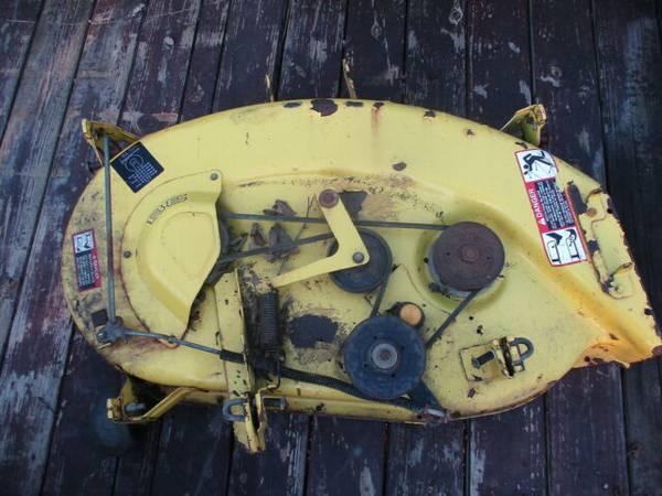 Photo John Deere LX176 Mower Deck - $250 (FORT COLLINS)