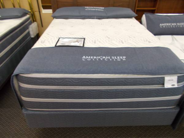 Photo NOBODY SELLS A BETTER MATTRESS FOR LESS   100 IN STOCK   START AT - $99 (Made in the USA  BBB A  Ricks Garden CityGreeley)