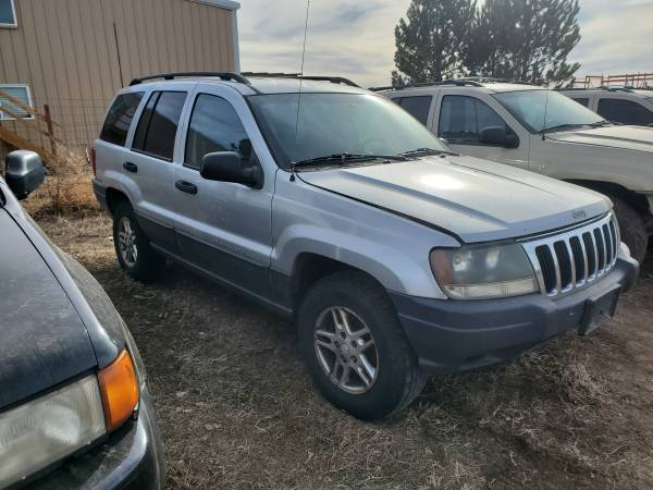 Photo Parting out 2003 Jeep Grand Cherokee - $1 (Berthoud)